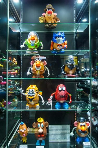 wayfinding-toyMuseum-hongkong-9